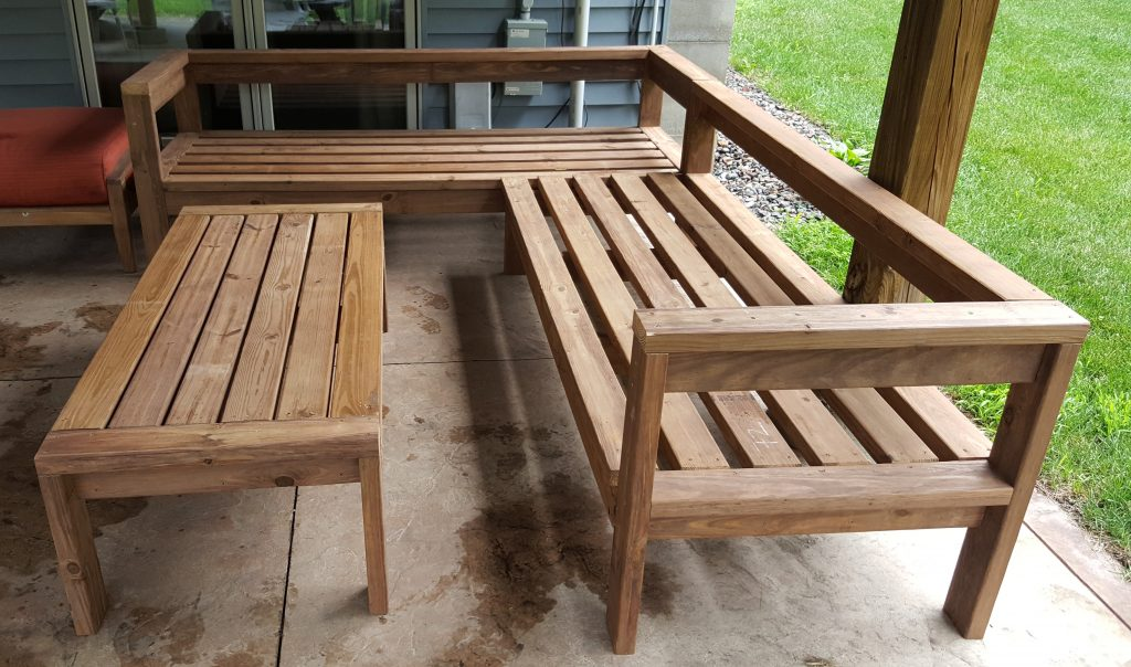 DIY Outdoor Sectional Couch - Kinda Sorta Simple